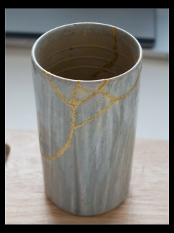 kintsugi-process-ti-the-cleaned-seams-front-by-pomax-flickr-ccbyncsa-04apr2015